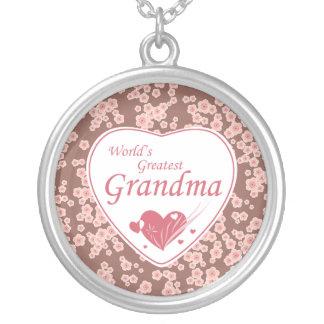 Collier Le plus grand rose de la grand-maman du monde