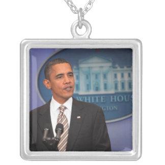 Collier Le Président Barack Obama fait un faire-part