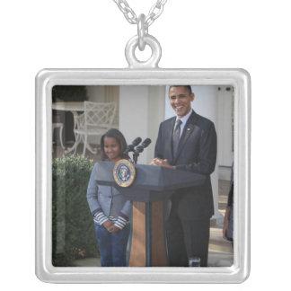 Collier Le Président Barack Obama pardonne