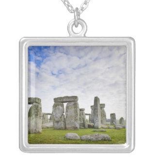 Collier Le Royaume-Uni, Stonehenge