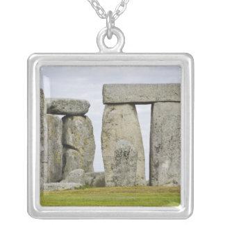 Collier Le Royaume-Uni, Stonehenge 12