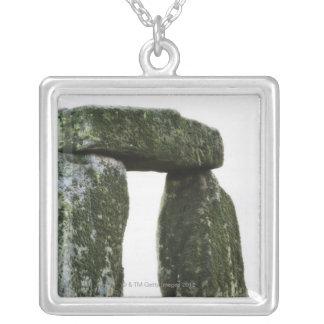 Collier Le Royaume-Uni, Stonehenge 15