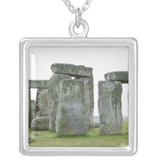 Collier Le Royaume-Uni, Stonehenge 9