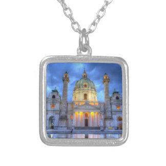 Collier L'église de Charles de saint à Vienne, Autriche