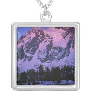 Collier Les Etats-Unis, Washington, Mt. Shuskan en