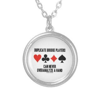 Collier Les joueurs de pont en double peuvent jamais pas