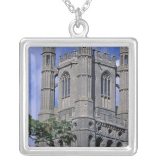 Collier L'Europe, Angleterre, Cambridgeshire, Ely. Ely 2