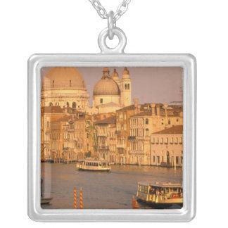 Collier L'Europe, Italie, Vénétie, Venise. Vue de coucher