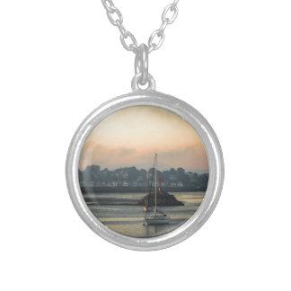 Collier Lever de soleil et bateaux