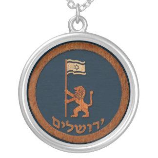 Collier Lion de jour de Jérusalem avec le drapeau
