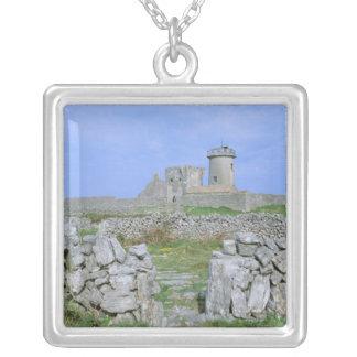 Collier L'Irlande, Inishmore, île d'Aran, fort brun