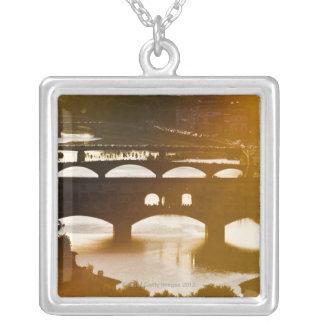Collier L'Italie, Florence, le Ponte Vecchio et le fleuve