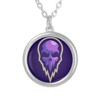 Collier logo pourpre violet de crâne de conception