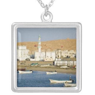 Collier L'Oman, région de Sharqiya, Sur. Ville d'Ayajh,