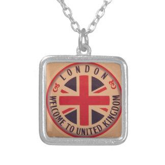 Collier Londres - Union Jack - accueil vers le Royaume-Uni