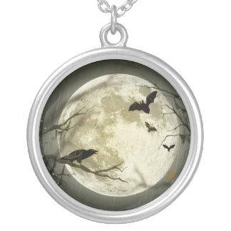 Collier Lune de Halloween - illustration de pleine lune