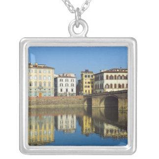Collier Lungarno Vespucci, alla Carraia de Ponte,