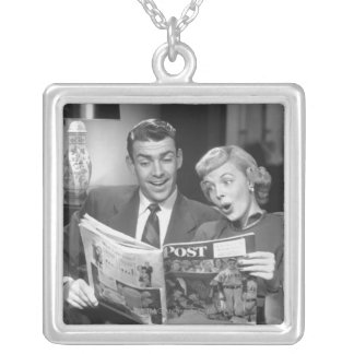 Collier Magazine de lecture de couples