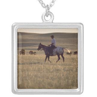 Collier Mâle Holmes de propriétaire d'un ranch montant un