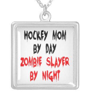 Collier Maman d'hockey de tueur de zombi