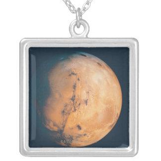 Collier Mars 10