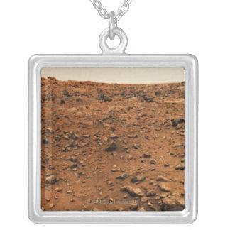 Collier Mars 9