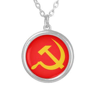 Collier Marteau et faucille communistes
