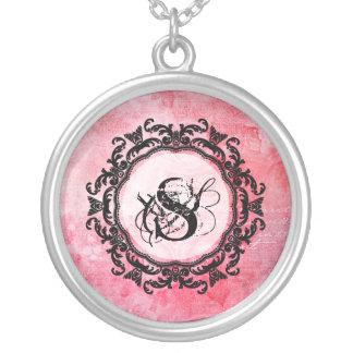 Collier Motif chic de vieux rose rose romantique