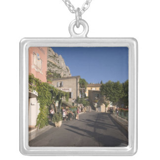 Collier Moustiers-Sainte-Marie, Provence, France. 2