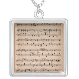 Collier Musique de feuille 6