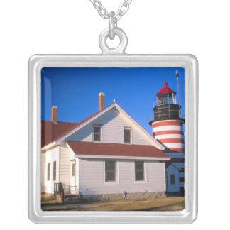 Collier Na, Etats-Unis, Maine.  Phare occidental de Quoddy