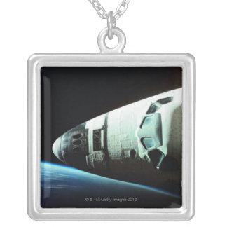 Collier Nez d'une navette spatiale