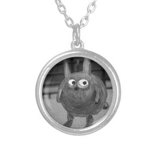 collier noir de lapin