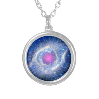 Collier Oeil ultra-violet de nébuleuse d'hélice de photo