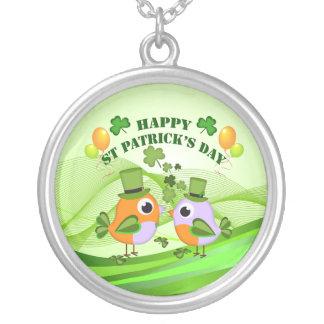 Collier Oiseaux heureux de Jour de la Saint Patrick