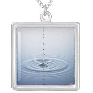Collier Ondulation sur l'eau