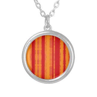 Collier orange