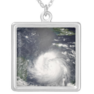 Collier Ouragan Felix 2