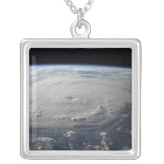Collier Ouragan Felix 4