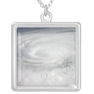 Collier Ouragan Ike
