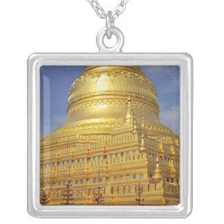 Collier Pagoda de Shwezigon dans Bagan, Bagan (païen), 2