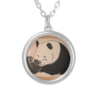 Collier Panda frais avec des nuances