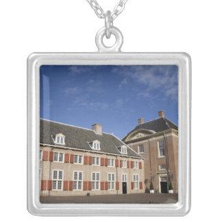 Collier Pays-Bas (aka Hollande), Apeldoorn près de 3