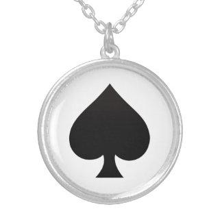 Collier Pelle - costume d'icône de cartes