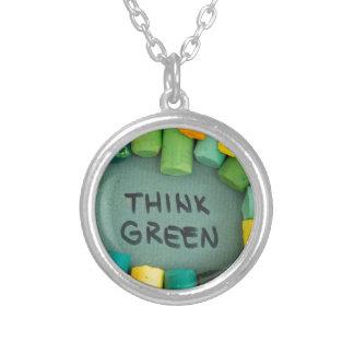 Collier Pensez le vert, concept d'écologie