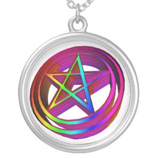 Collier pentagramme à trois dimensions d'arc-en-ciel