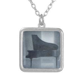 Collier Piano noir 2004