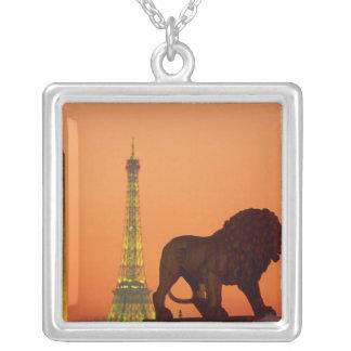 Collier Place de la Concorde ; Tour Eiffel ; Obélisque ;