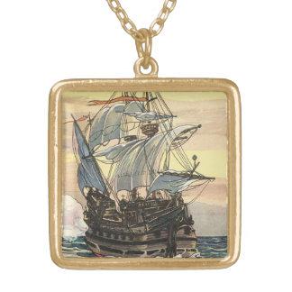 Collier Plaqué Or Bateau de pirate vintage, navigation de galion sur