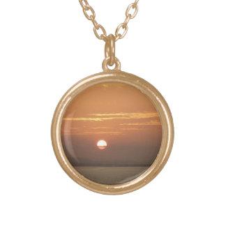 Collier Plaqué Or Lever de soleil au-dessus de paysage marin d'Aruba